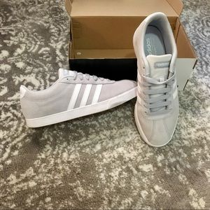 Gray Adidas sneaker size 7